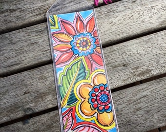 Spring Flowers Bookmark // Book Lover Gift with Floral Design  // Gift for Reader // Cheerful Bookmark