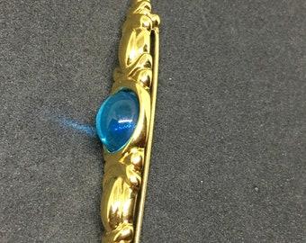 1970s Gold Monet Brooch & Earrings.
