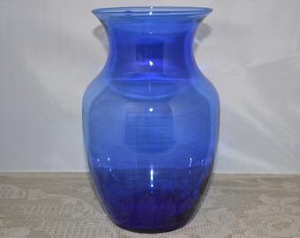 Blue glass vase / blue / glass / vase / large / 8 inch / cobalt blue / cobalt blue vase / cobalt blue glass / cobalt blue glass vase / blue