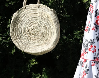 Moroccan hand woven roundie bag, ethically  made palm leaf woven straw bag, ss18 samples wholesale moroccan bag, circle bag, straw tote