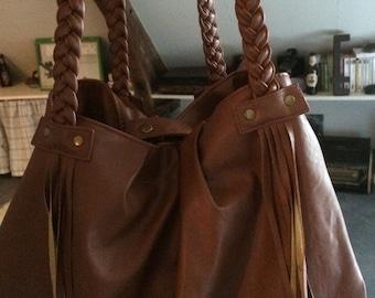 Large handbag in vinyl