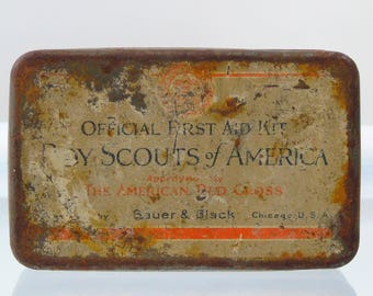 1926 First Aid Kit Boy Scouts Of America Red Cross Empty Tin  Container Bauer and Black Chicago USA