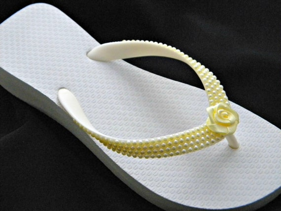 Custom Pearl Wedding Flip Flops +20 shades w/ Satin Rose w/ Swarovski Crystal Flower Girl Bridesmaid Havaianas flat or Cariris Wedge Shoes