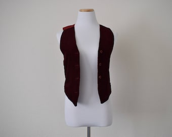 FREE usa SHIPPING Vintage womens corduroy/ wine color/ burgundy/ bohemian chic sleeveless vest/top revival 1990's