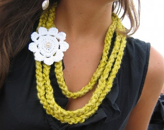 Yellow Crochet Strand Necklace with White Flower