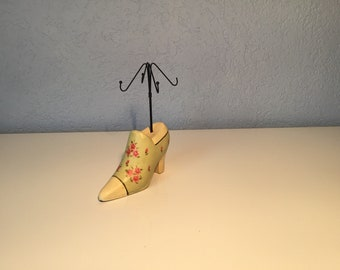 Vintage handmade jewelery holder shoe shape