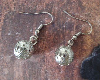 Fancy silver ball earrings