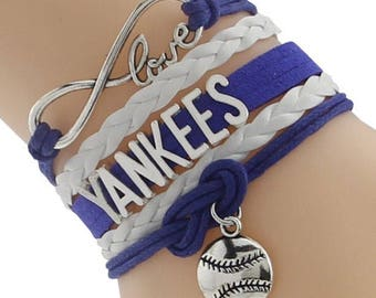 Yankees Adjustable Wrap Bracelet