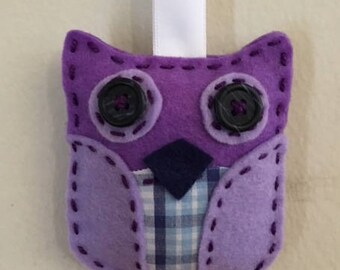 "Handmade Wool Felt Purple ""Owl Always Love You"" Keychain"