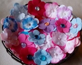 20 to 400 Assorted Random Mix Felt Flower Die Cut Felt Small and Large-Free Shipping-Bobby Pins-Headbands-Hair Clips.