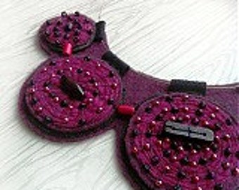 Felt original textile necklace 3
