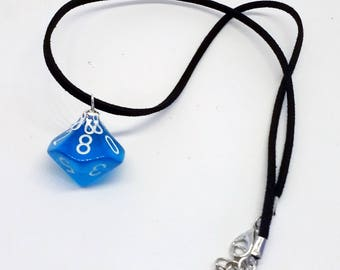 Blue gelatin d10 necklace