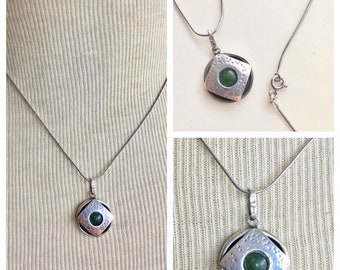 Sterling silver necklace green aventurine stone