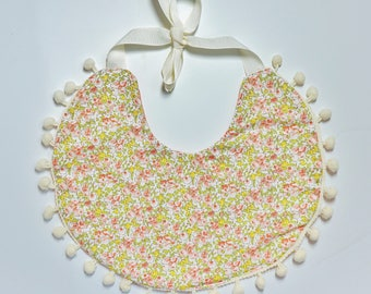 Boho Bib / Baby Bib / Boho Drool Bib / Baby Gift Girl / Reversible Bib / Baby Accessories / Drool Bib / Baby Bib / Baby Shower Gift / Floral