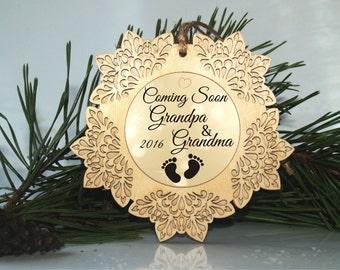 Pregnancy ornament, Pregnancy reveal to grandparents, Christmas pregnancy announcement, Christmas pregnancy gift, Holiday pregnancy ornament