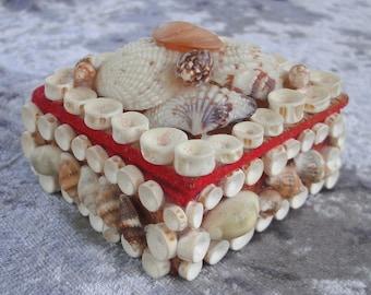 Hz Vintage Shell Trinket Jewelry Box