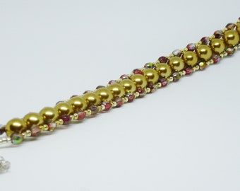 Gold tone Glass Pearl w/ fire polish beads and Silver seed beads Bracelet