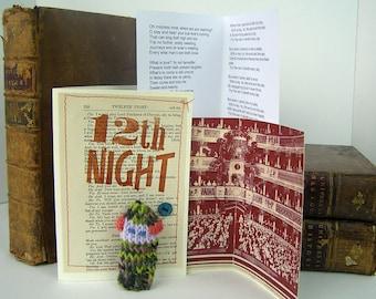 Twelfth Night. Feste. O mistress mine. Rain it raineth. Shakespeare gift box, knitted actor, folded audience, speeches.