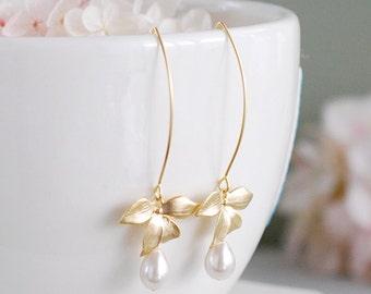 Cream Pearls Dangle Earrings, Gold Orchid Flower Cream Teardrop Pearl Earrings, Wedding Jewelry, Bridesmaid Gifts, Bridal Earrings