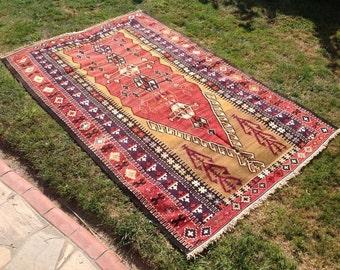 """Red Kilim rug, 88"""" x 58"""", Vintage Turkish kilim rug, area rug, kilim rug, kelim rug, vintage rug, bohemian rug, Turkish rug, rug, red , 244"""