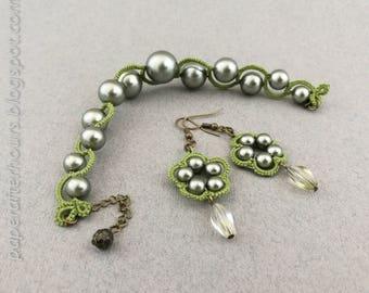 Green-pearl set