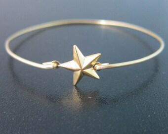 Gold Star Bracelet, Gold Star Bangle Bracelet, Gold Star Jewelry, Tiny Star Bracelet, Lucky Star Bracelet, Star Charm Bracelet