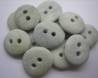 BEACH STONE 15mm BUTTONS Grey Gray 12 Double Drilled Natural Unenhanced Real Surf Tumbled Sea Stones Sewing Knitting Button Beads   Peb783f