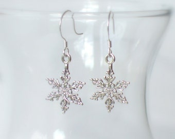 Sterling Silver Snowflake Earrings...Let It Snow, Winter Wonderland, Winter Wedding Gift, Christmas, Christmas in July, Snow Flake, 925,