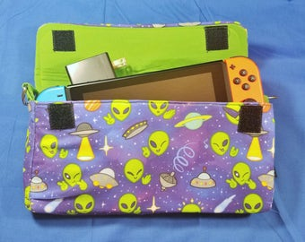 Space Aliens Pattern Nintendo Switch Carrying Case - Made to Order