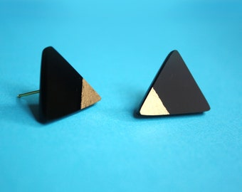SALE Geometric Earrings, Small Stud Triangle Earrings, Acrylic Geometric Earrings in Black and Gold by ENNA