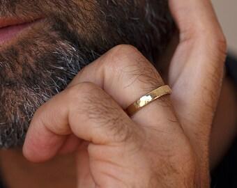 Mens Wedding Ring, Unique Mens Wedding Band, Mens Rustic Wedding Band, Classic Mens Wedding Ring, Yellow Gold Men Wedding Band, Rustic Ring