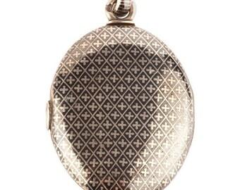A Niello Silver Russian Locket