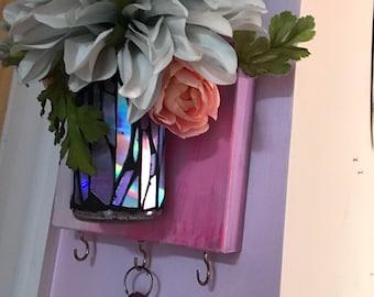 Magestic mosaic key holder