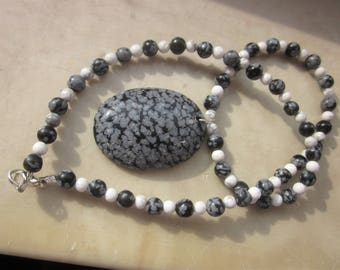 Snowflake Obsidian Magnesite / White Turquoise Necklace: for a scaredy cat ;-)