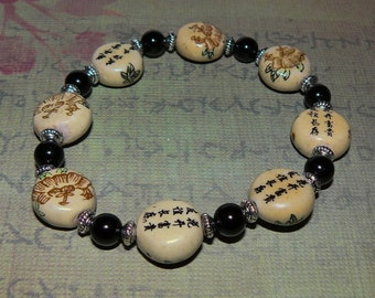 Black Onyx with Porcelain Chinese Writing/ Bamboo Beads Bracelet