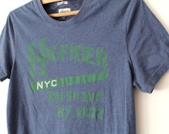 Vintage Tommy Hilfiger Shirt, 90's Tommy Hilfiger T-Shirt, Gray  Hilfiger Sweatshirt, Tommy Hilfiger T Shirt, Hip Hop Tommy Tee Size L