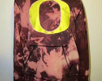College Sweatshirt (University of Oregon)