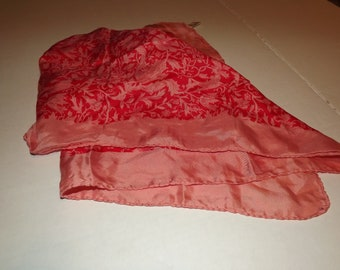 Beautiful Vintage Robinson Golluber Scarf 58 Percent Rayon 42 Percent Silk, Made in Italy, Rolled Hem, 25 in x 25 in