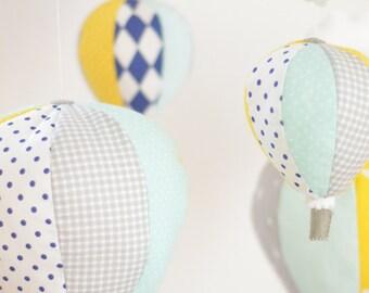 Nautique bébé Mobile, Hot Air Balloon Mobile, Mobile de sur mesure, décor de chambre d'enfant, idée de cadeau de Shower de bébé, Mobile pour bébé personnalisé, réalisé sur commande
