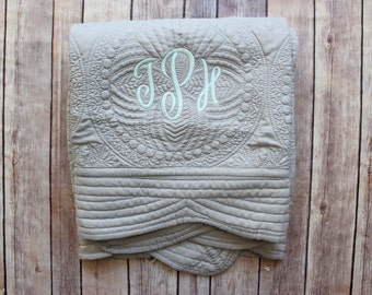 Monogrammed Baby Quilt, Personalized Baby Blanket, Personalized Baby Quilt, Monogrammed Baby Blanket, New Baby, Baby Boy Quilt, Grey Blanket