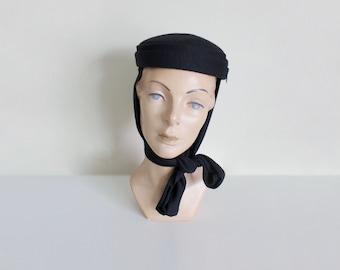 1950s Black Felt Hat | Scarf Tie Hat | Winter Hat | Pillbox Hat