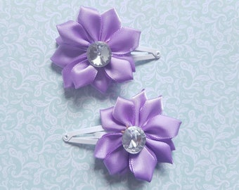 A Set of 2 Girls or Baby Light Purple and Rhinestone Flower Hair Snap Clips