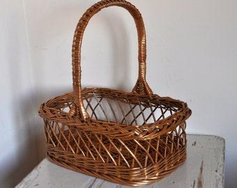 Vintage Handwoven Wicker Basket - Rustic Home Decor - European Arts and Crafts