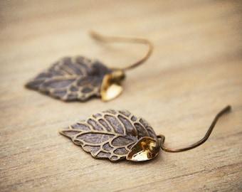 Antique Leaf Earrings, Tiny Leaf Earrings, Minimalist Earrings, Fall Earrings, Rustic Chic Wedding Earrings, Woodland Jewelry, Boho Jewelry