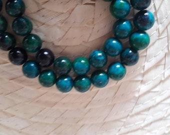 Chrysocolla Thread of balls. Semiprecious Stone