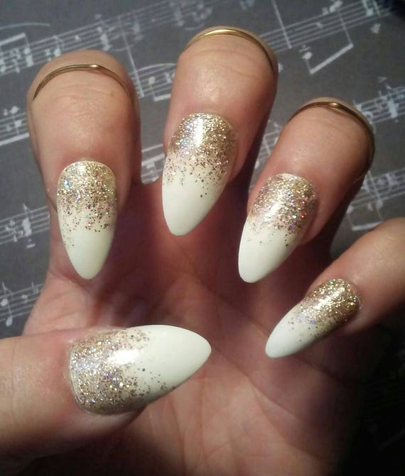 Gold For Prom Nail Ideas: Stiletto Almond White Nails With Gold Glitter, Glossy Or