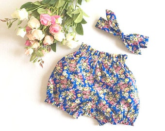 Sale Baby Bloomers Baby girl Bloomers floral bubble shorts Toddler Bloomers baby Floral Bloomers 3m Baby bloomers 6m Baby Girls Gift