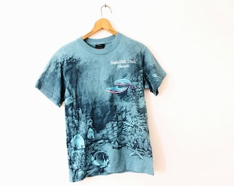 SMALL Vintage 1990s Underwater World Minnesota (Full Body Print) Graphic T-Shirt