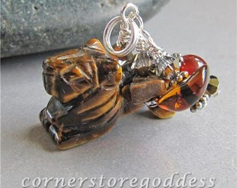 Tigers Eye King of the Savanna Lion Charm Zipper Pull