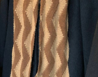 Paco-Vicuna Hand-Knitted ZigZag Scarf, Grade 0